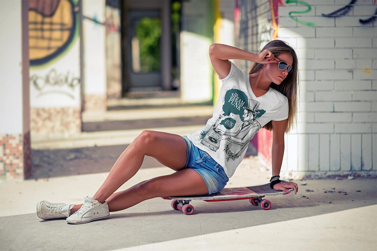 v-neck_t-shirt_mockup-09