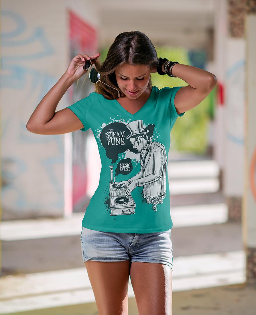 v-neck_t-shirt_mockup-11